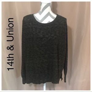 14th & Union keyhole back sweater size 1X